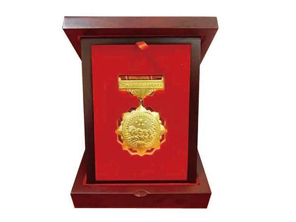 抗疫纪念奖章礼盒